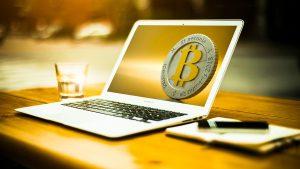 Münzen bei Bitcoin Profit übertroffen